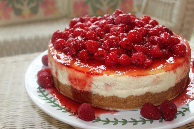 raspbery cheesecake
